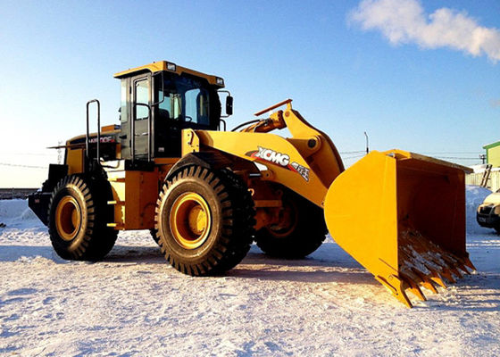 China Large Digging Force Compact Front End Loader LW500FN With Shanghai Diesel Engine supplier