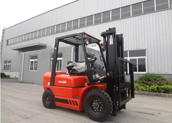 China High Precise Hydraulic Material Handling Forklift , Safe 3 Step Switch Llock Electric Fork Trucks supplier