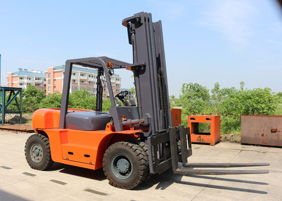 China Heavy Duty Driving Axle Diesel Powered 6 Ton Warehouse Forklift Trucks 1220 * 150 * 55 mm Fork Size supplier