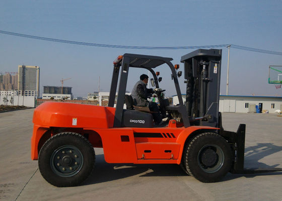 China 4 wheel Diesel Engine Forklift , Full Automatic Stepless Speed Adjustable Heavy Duty Forklifts supplier