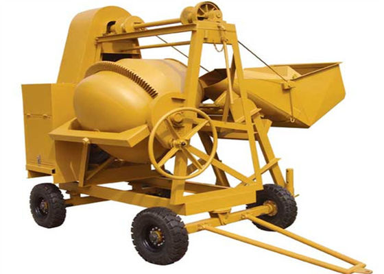 China 250L Mini Diesel Concrete Mixing Machine With Hydraulic Hopper 13KW Diesel Engine supplier