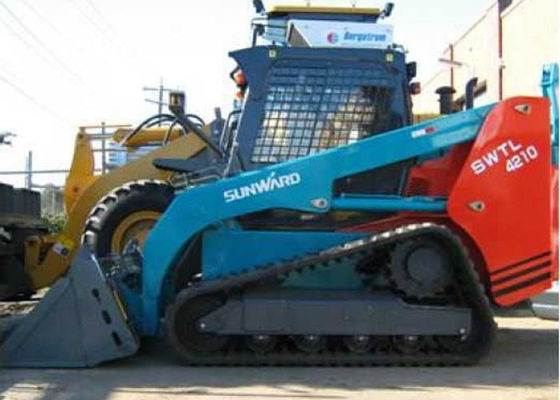 China Crawler SUNWARD Skid Steer Rental with Auto Leveling System ROPS / FOPS supplier