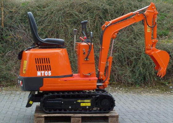 China Small Diesel Engine 500kg Hydraulic Excavators For Rent / Home , 6.8kw Power supplier