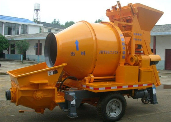 China 350 L 30CBM Per Hour Truck Mixer Hydraulic Concrete Pump For Engineering Construction supplier