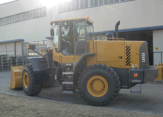 China Compact Front End Wheel Loader With Cat Technology Diesel Engine supplier