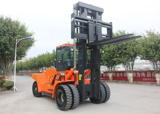 China Large Counterbalance Industrial Forklift Truck , Container Lift CPCD300 30 Ton Load Capacity supplier