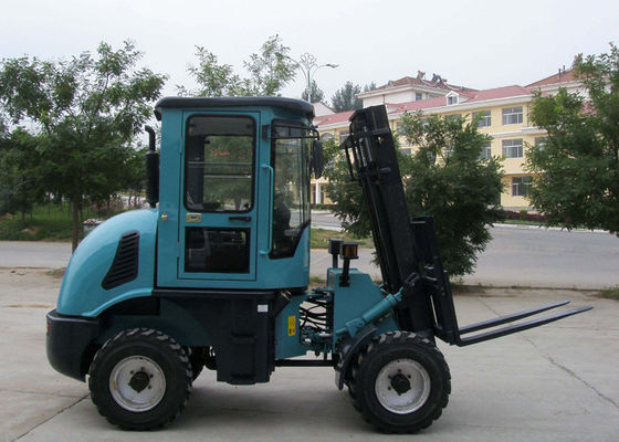China 4WD CPCY30 Off Road Hydraulic Industrial Forklift Truck / All Terrain Forklift 3000KG CE supplier