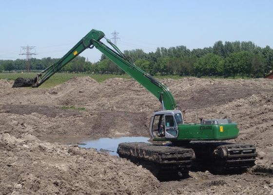 China Heavy Equipment Excavator , 32 ton 0.8 CBM Bucket Hydraulic Amphibious Dredge Excavator factory