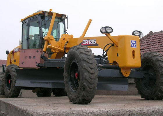 CE ISO 11Ton XCMG Road Construction Motor Grader Machine With 135HP Engine Power