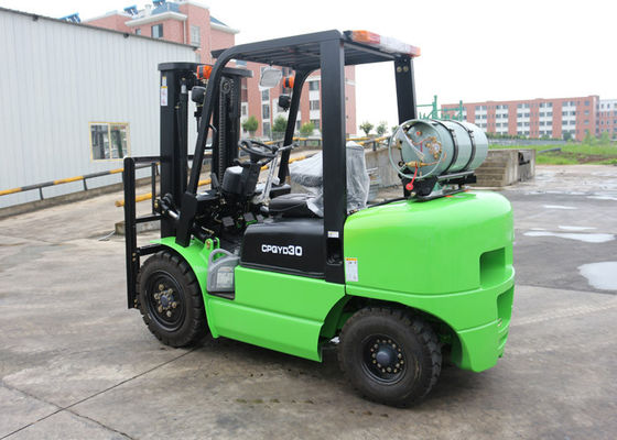 3 Ton Airport Ride-on Forklift With 2230MM Min Turning Radius 2500 kg Rated Capacity