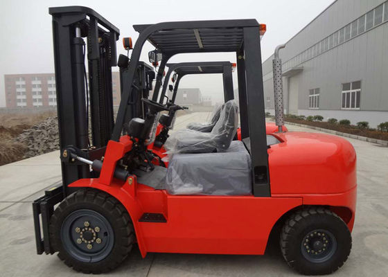 China 4 Ton Balance Weight Industrial Lift Trucks With Side Shift / Automatic Transmission distributor