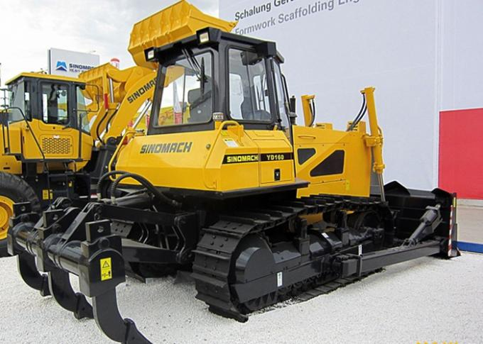 Crawler Heavy Compact Bulldozer with Blade and Ripper Pilot Control Hydraulic Transmission