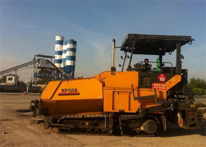 12M XCMG Tarmac Laying Machine With Accurate Leveling GPS Communication And Location Technology