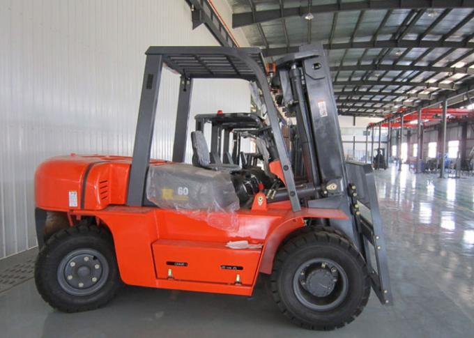 3 Stages Mast Hydraulic Diesel Manual Forklift Truck 3M - 6M