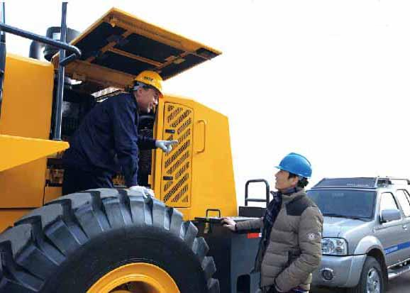 16200KG Operating Weight Front End Wheel Loader , XCMG Wheel Loader for Garden Tractor